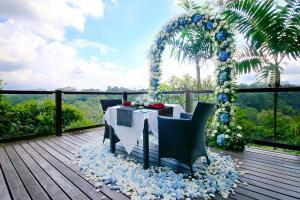 villa-4-romantic-dinner-1